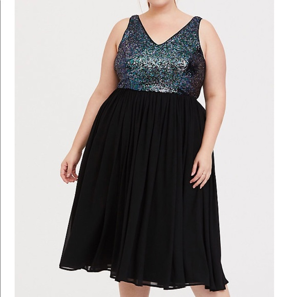torrid Dresses & Skirts - Torrid Black Sequin Chiffon Skater Midi Dress, NWT